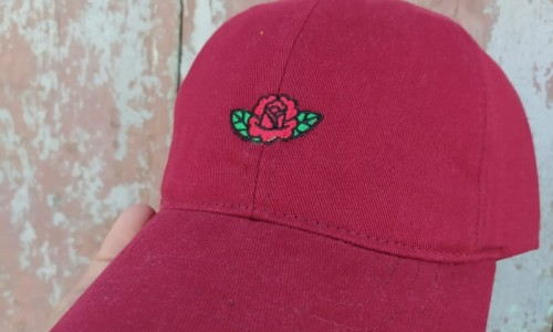 Gorra Rosa Bordos